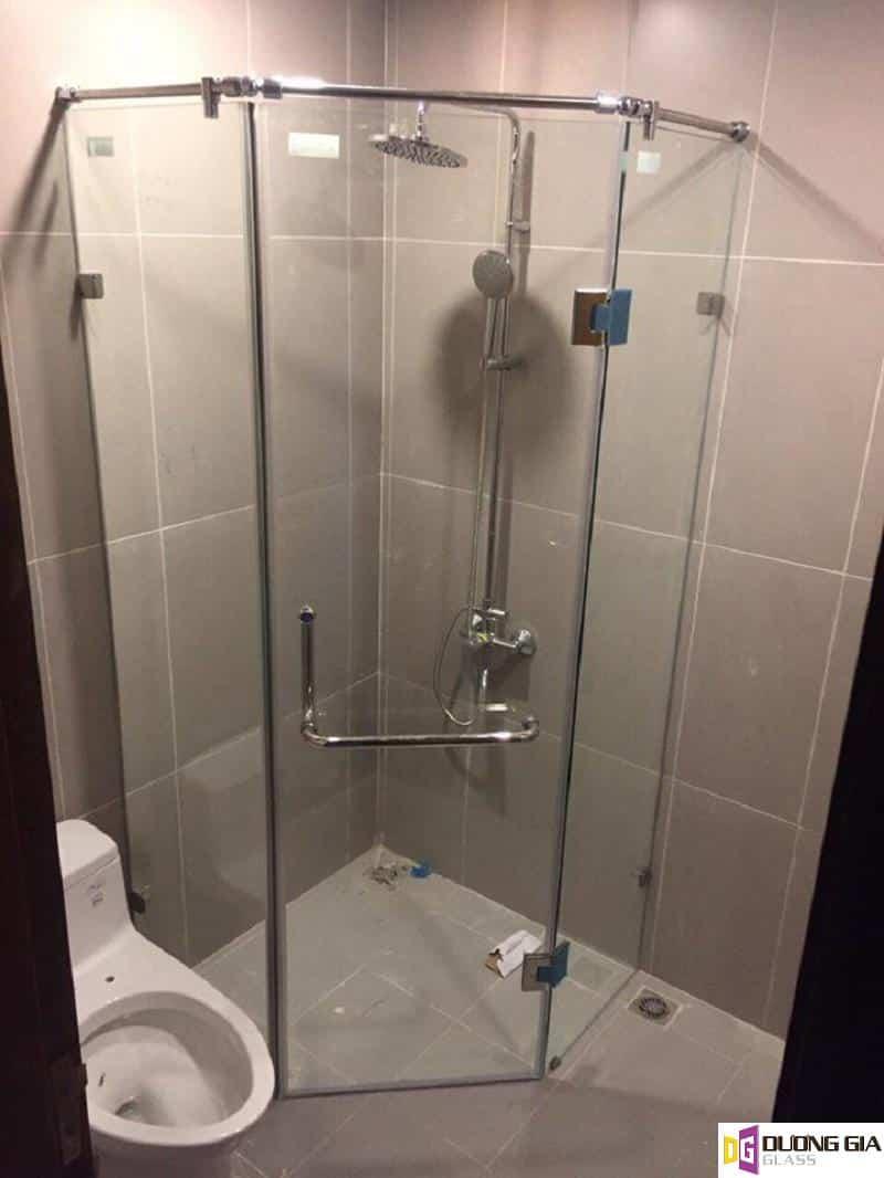 Cabin phòng tắm kính 135 độ mẫu 2