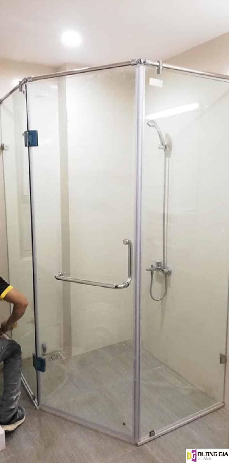 Cabin phòng tắm kính 135 độ mẫu 6