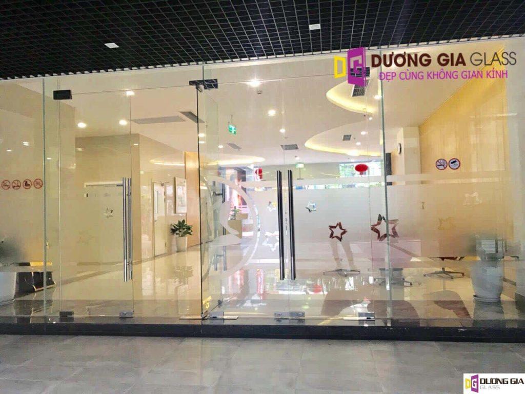 Cửa kính cường lực Hà Nội