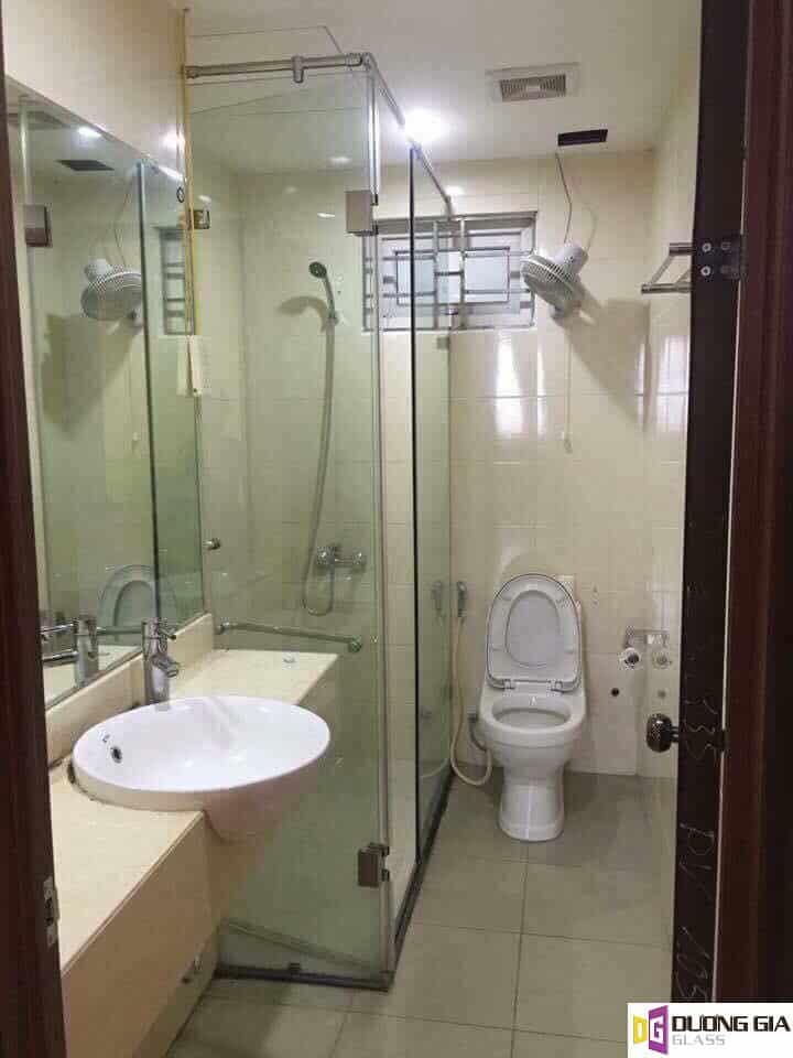 Kích thước phòng tắm kính tiêu chuẩn