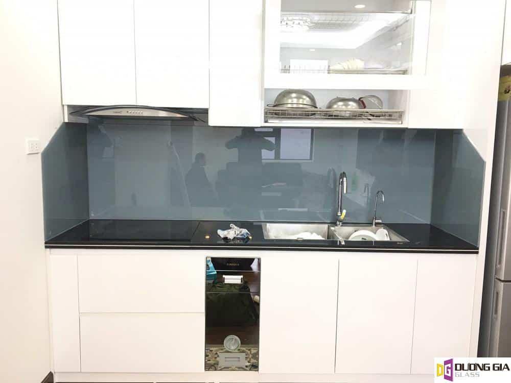 Lắp đặt kính ốp bếp tại Quận Thanh Trì, Hà Nội
