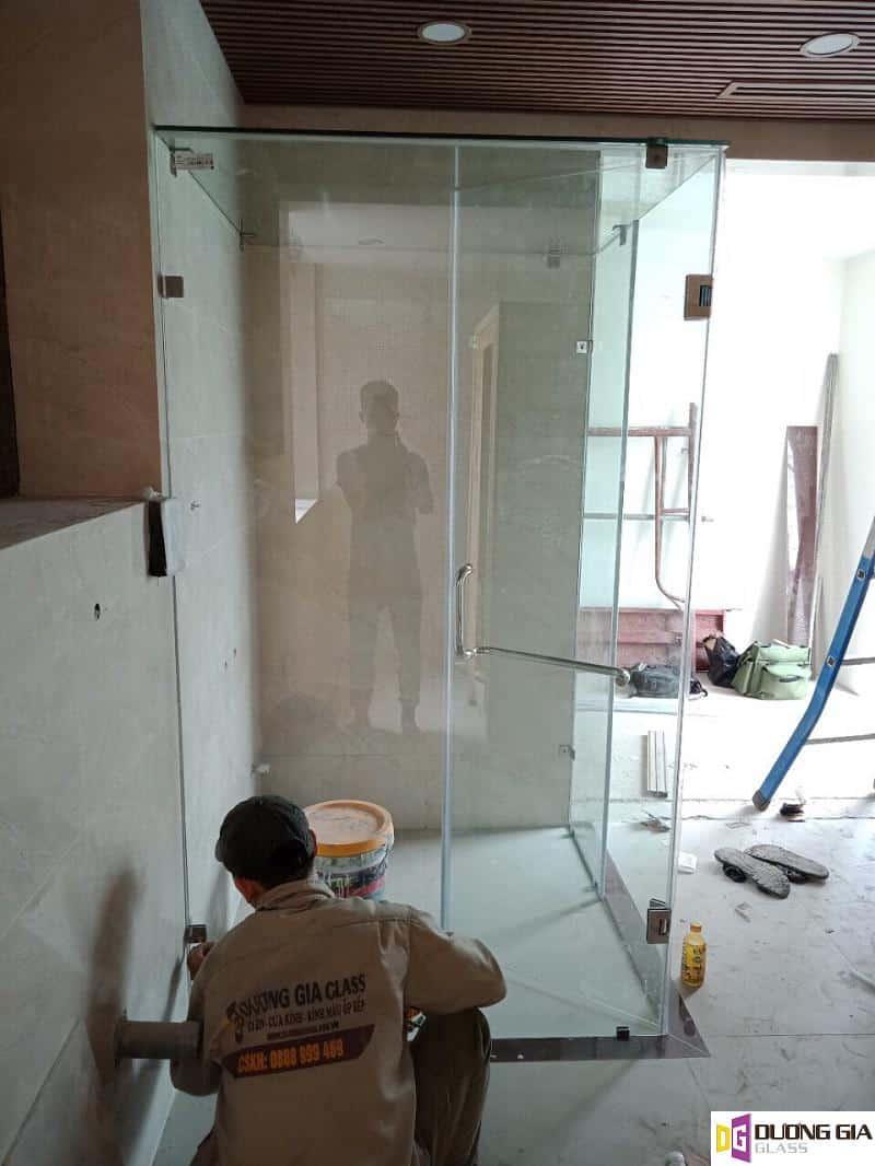 Mẫu cabin phòng tắm kính mẫu 12