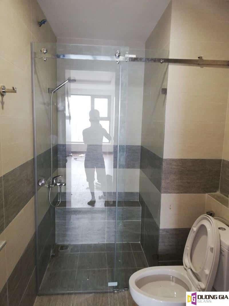 Phòng tắm kính mẫu 11