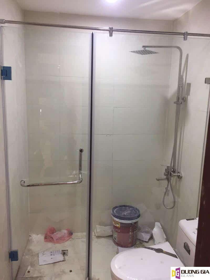 Phòng tắm kính mẫu 7