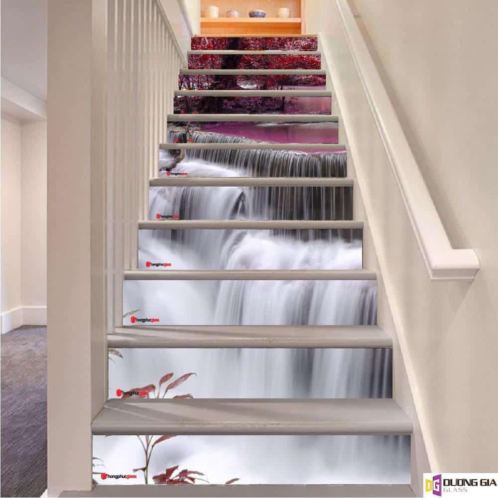 Tranh kính 3D cầu thang