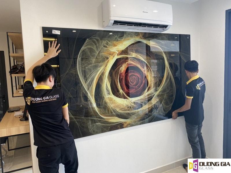 Hình ảnh lắp đặt tranh kính 3d tại Nguyễn Trãi